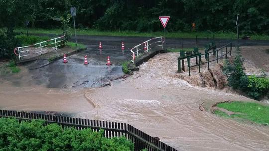 """Hochwasser Stauwehr """"Am oberen Pandelbach"""""""