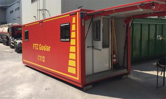 Der Abrollbehälter mit Atemschutzgeräten der FTZ Goslar war ebenfalls im Einsatz